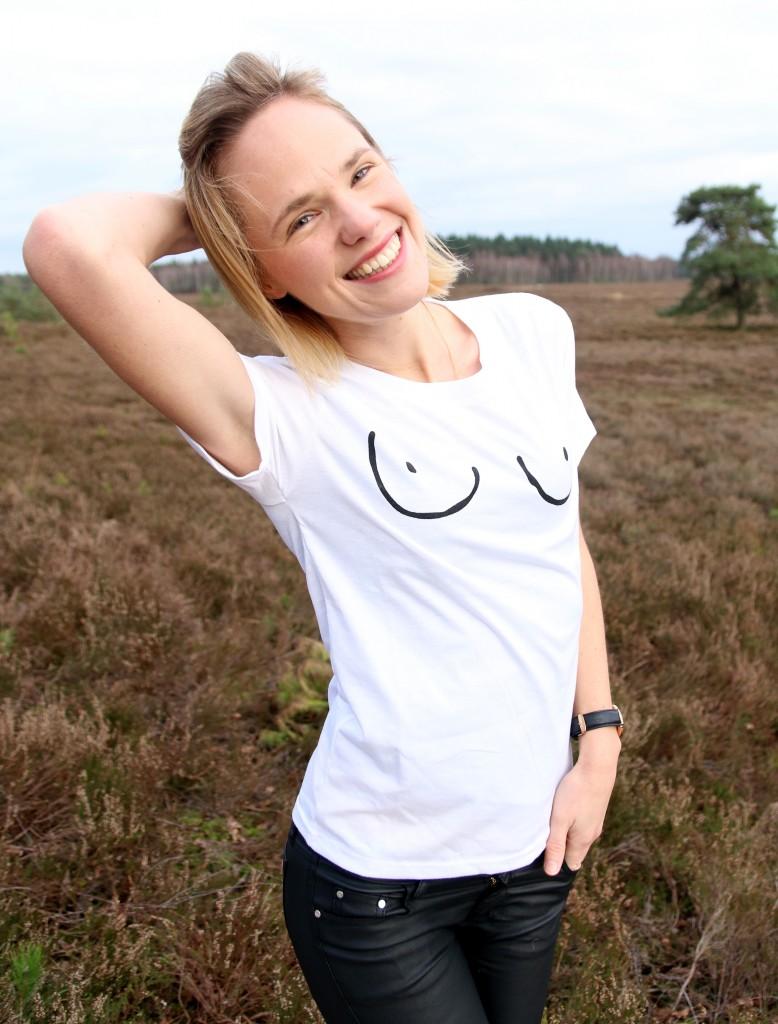 eBay aankopen borsten shirt tietjes grappig