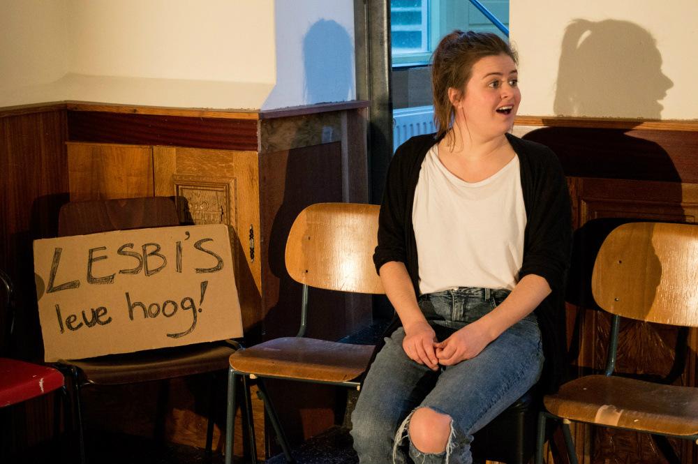 Biseksualiteit in het theater: To bi or not to bi