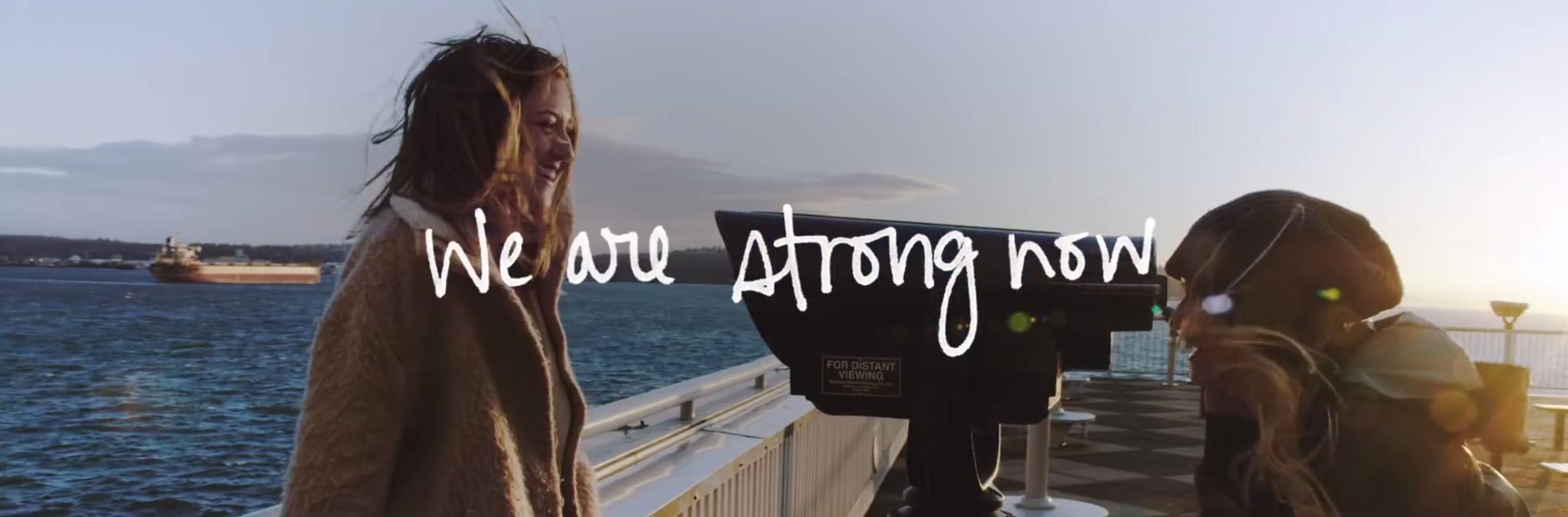 Lesbische liefde overwint door videoclip - Ik Vrouw van Jou