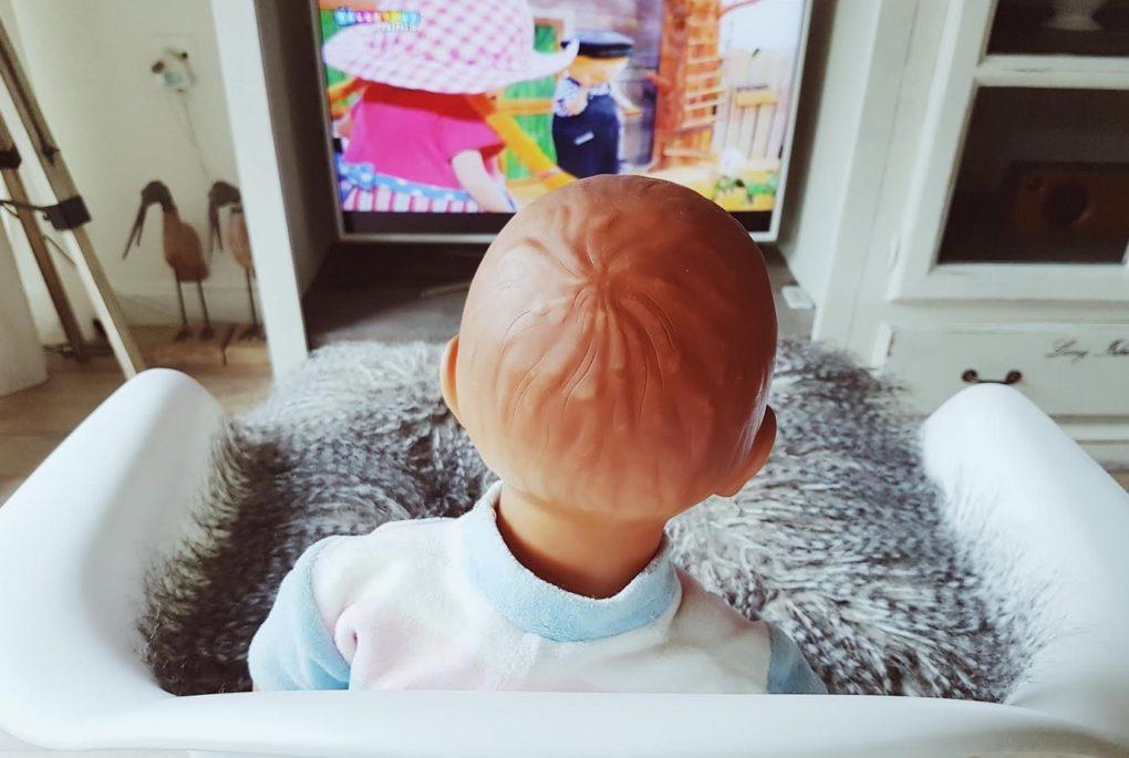 Mag je baby tv kijken? | Pamperpraat