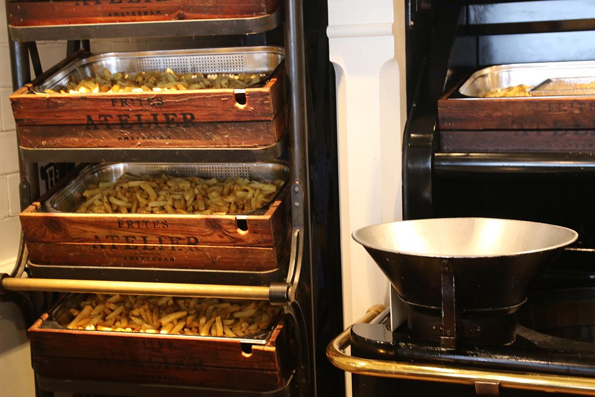Friet of Patat fritesatelier amsterdam utrecht sergio herman