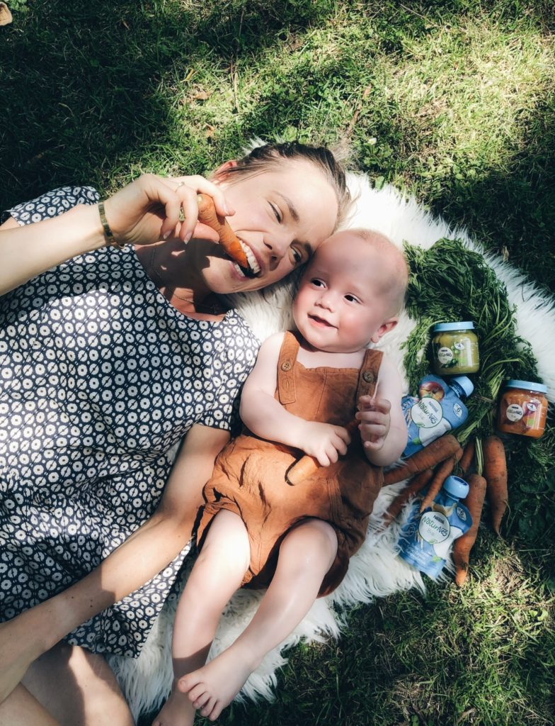 Dagschema baby 6 maanden: Hunter's drukbezette agenda