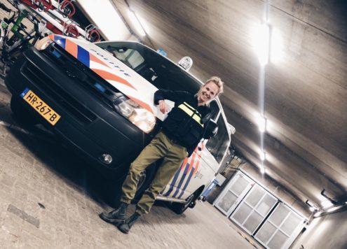 Politie Rotterdam | Scarlet Zoekt Werk - Ik Vrouw van Jou